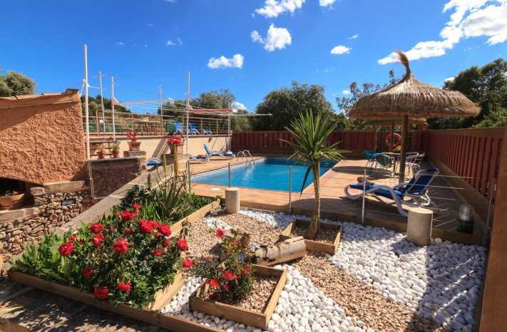 Finca Torrent Sa Plana Pool und Umgebung