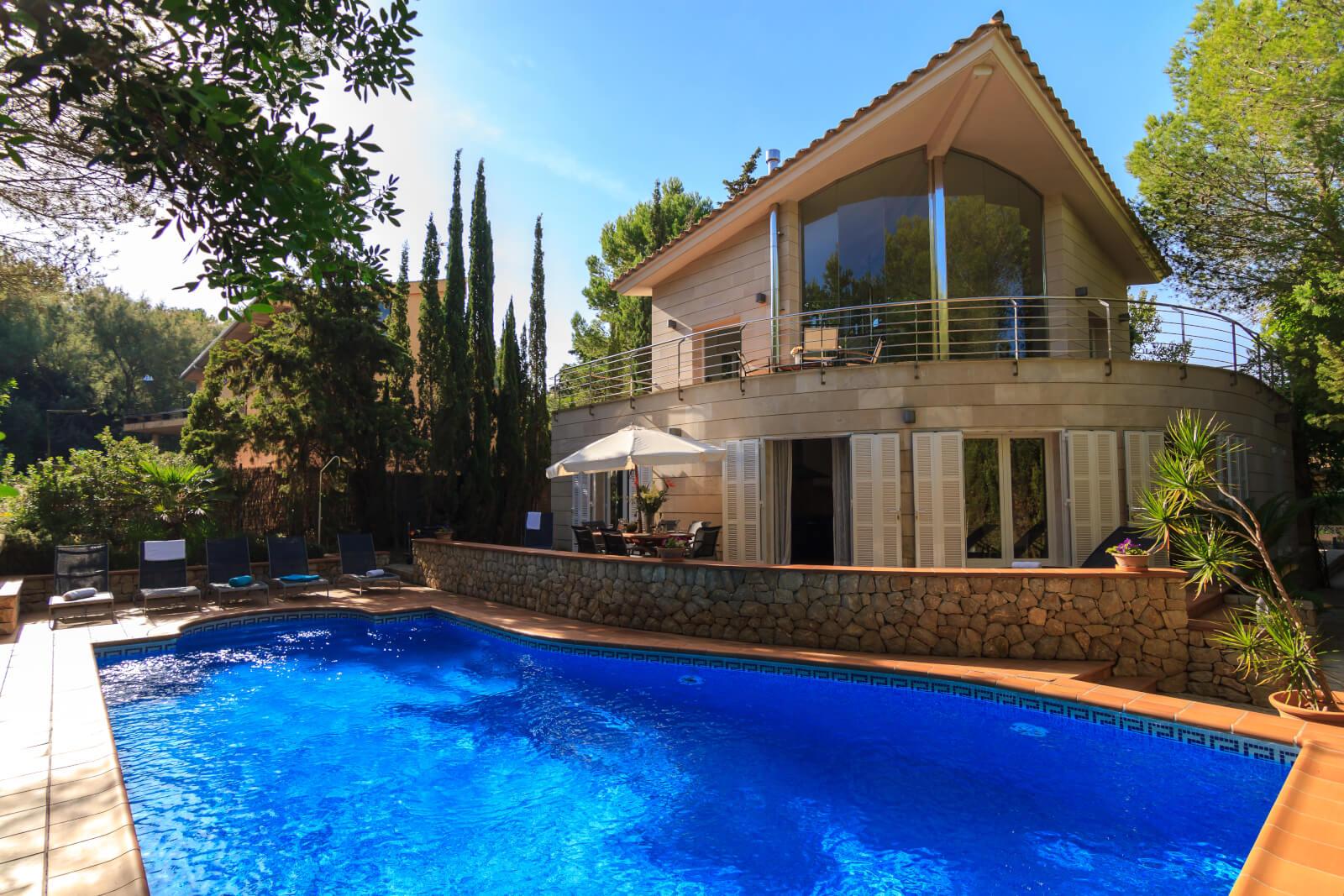 Villa Alcudia Hausansicht Pool
