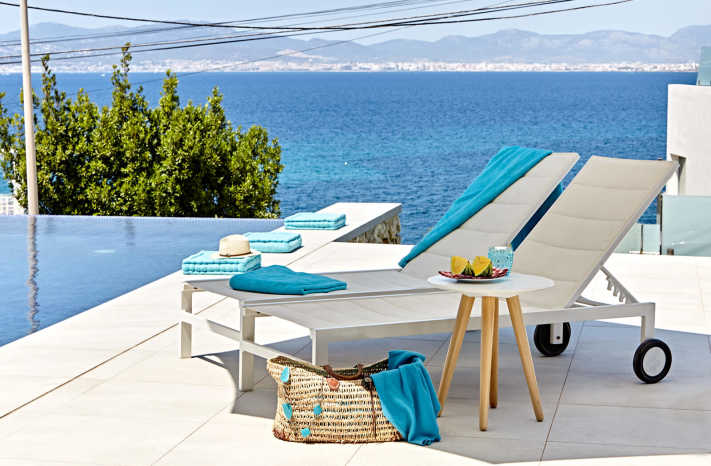 Villa Bahia Palma Liegen mit Meerblick